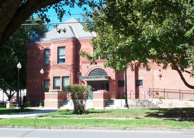 Raymond Memorial Library